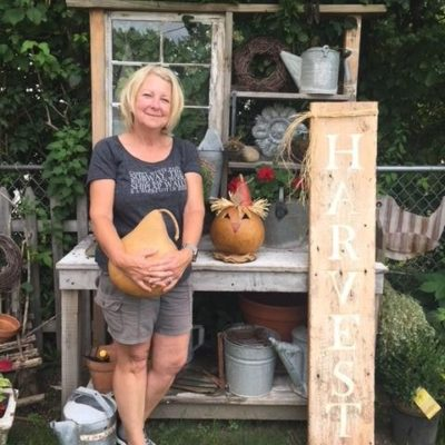 MEET THE MAKER…Oh My Gourds
